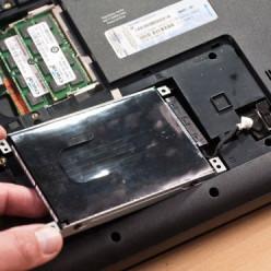 Enlever le disque dur d'un PC portable