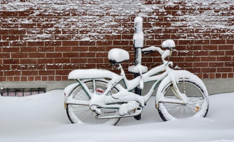Faire du vélo pendant l'hiver