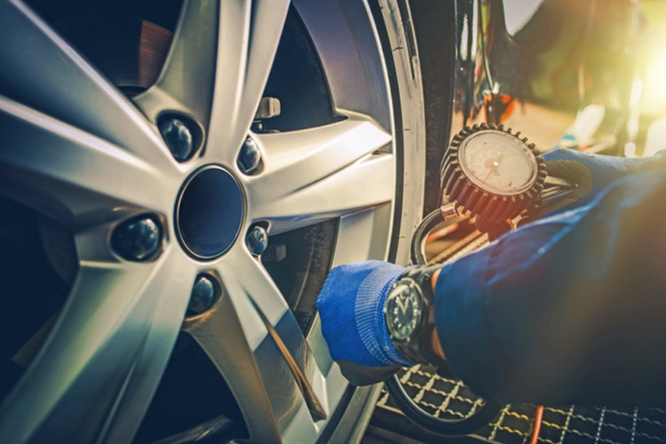 Contrôler la pression de ses pneus